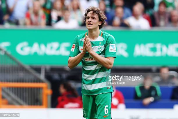 Thomas Delaney of Bremen appears frustrated during the Bundesliga match between Werder Bremen and TSG 1899 Hoffenheim at Weserstadion on May 13 2017...