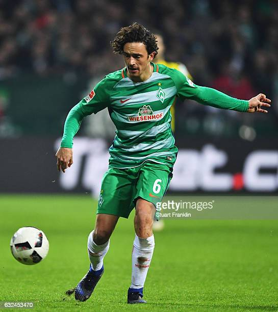Thomas Delaney of Bremen in action during the Bundesliga match between Werder Bremen and Borussia Dortmund at Weserstadion on January 21 2017 in...
