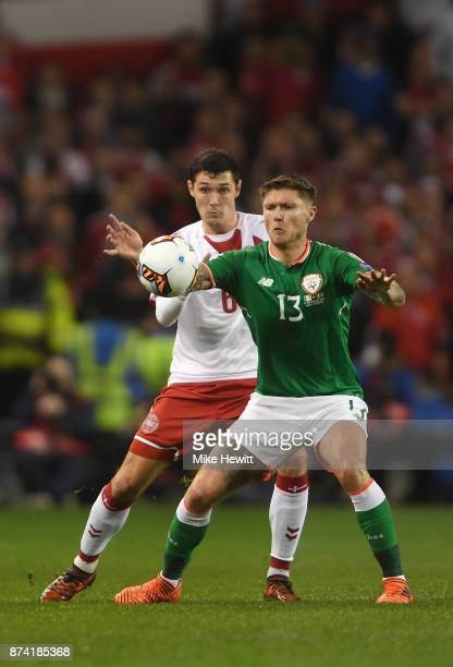 Thomas Delaney of Denmark and Jeff Hendrick of the Republic of Ireland battle for possession during the FIFA 2018 World Cup Qualifier PlayOff Second...