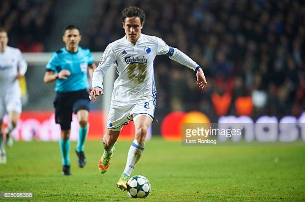 Thomas Delaney of FC Copenhagen controls the ball during the UEFA Champions League match between FC Copenhagen and FC Porto at Telia Parken Stadium...