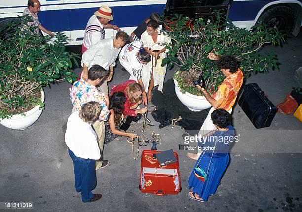 Thomas Fritsch Conny Glogger Reisegruppe PRO 7 Serie Glückliche Reise Folge 25 Jamaica Episode 3 †ber den Dächern von Montego Bay Montego Bay Karibik...