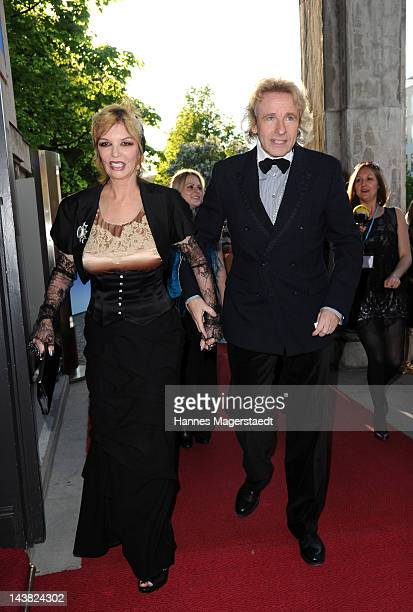 Thomas Gottschalk and his wife Thea arrive to the 'Bayerischer Fernsehpreis 2012' at the Prinzregententheater on May 4 2012 in Munich Germany