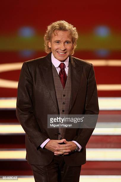 Thomas Gottschalk attends the taping of the 'Menschen 2009' show on November 28 2009 in Munich Germany