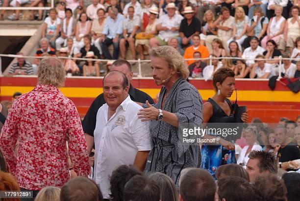 Thomas Gottschalk beim Warm Up zur ZDFShow Wetten dass Publikum Stierkampfarena Coliseo Balear Palma de Mallorca Insel Mallorca Balearen Spanien...