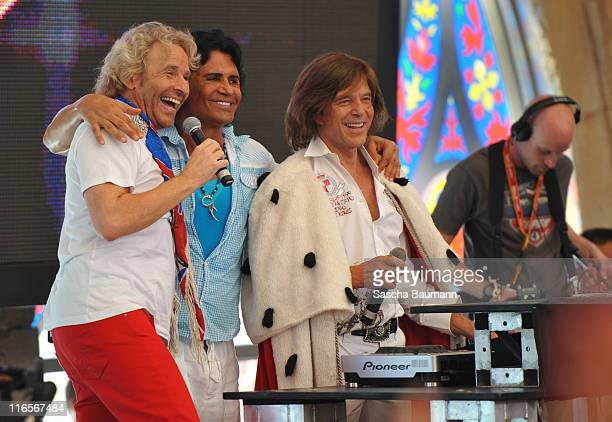 Thomas Gottschalk Costa Cordalis and Juergen Drews attend the discotheque Megapark on June 16 2011 in Palma de Mallorca Spain