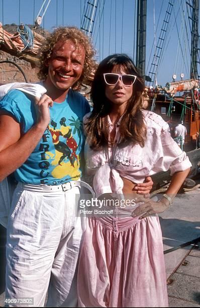 'Thomas Gottschalk Deborah Shelton ZDF/Kinofilm ''Zärtliche Chaoten II'' am im Hafen von Puerto Rico auf Insel Gran Canaria Spanien '