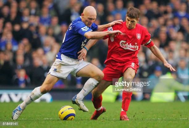 Thomas Gravesen of Everton battles with Steven Gerrard of Liverpool during the FA Barclays Premiership match between Everton and Liverpool at...