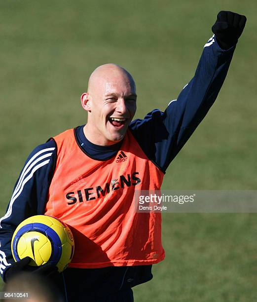 Thomas Gravesen of Real Madrid cheers during a team training session on December 10, 2005 at at the club's training grounds in Valdebebas in Madrid,...