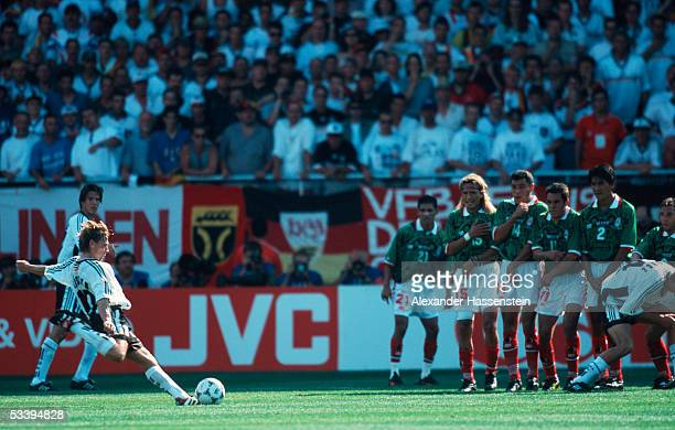 Thomas Haessler of Germany takes a freekick during the FIFA World Cup match between Germany and Mexico on June 29 1998 in Montpellier France Germany...