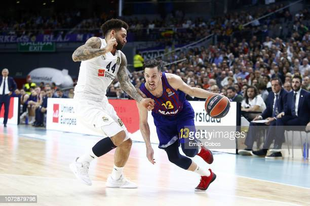Thomas Heurtel #13 of FC Barcelona Lassa in action during the 2018/2019 Turkish Airlines EuroLeague Regular Season Round 12 game between Real Madrid...