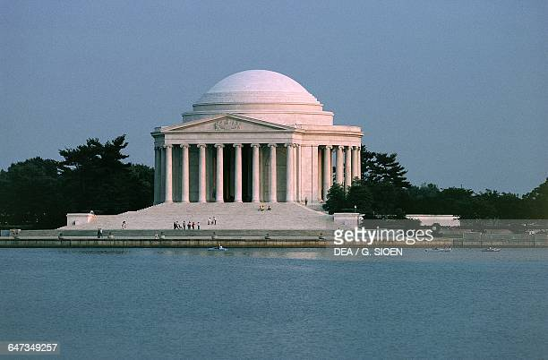 Thomas Jefferson Memorial 19391943 designed by John Russell Pope in neoclassical style Washington DC District of Columbia United States of America...