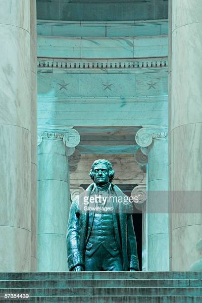 Thomas Jefferson statue at a memorial, Jefferson Memorial, Washington DC, USA
