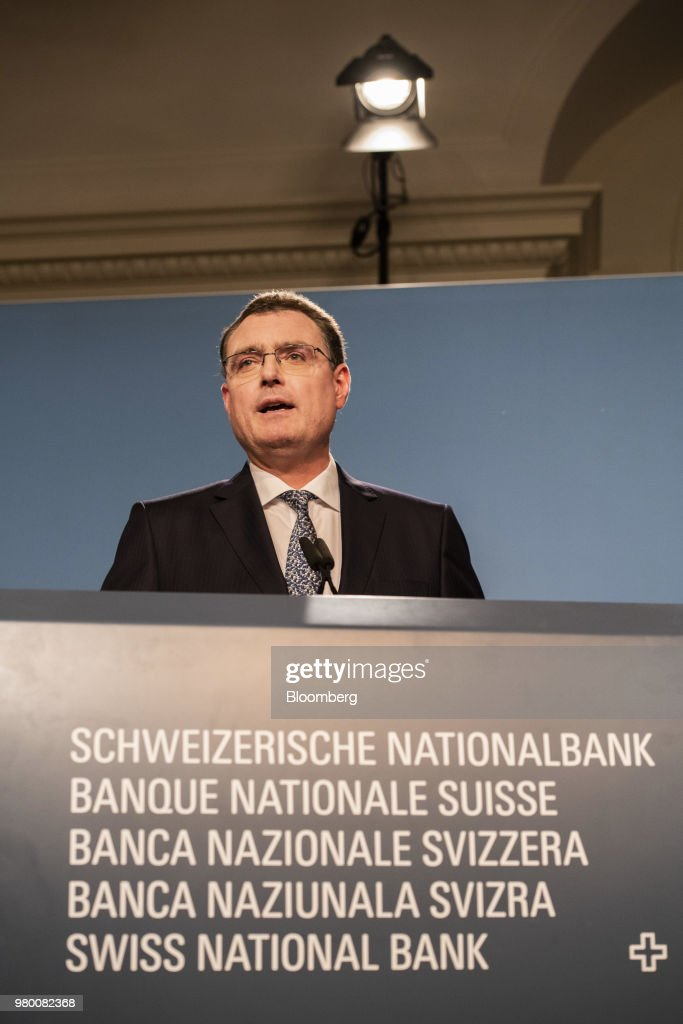 Swiss National Bank Keeps Rates At Record Low