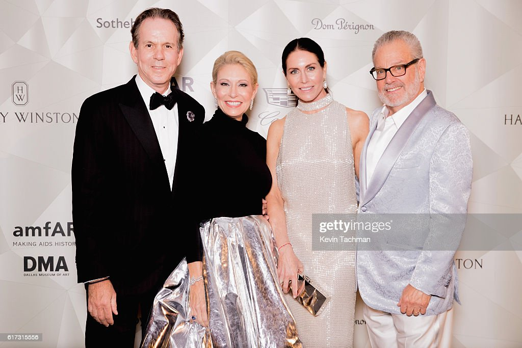 Thomas Keller, Cindy Rachofsky, Laura Cunningham and Henry Rachofsky attend TWO x TWO For AIDS and Art 2016 on October 22, 2016 in Dallas, Texas.