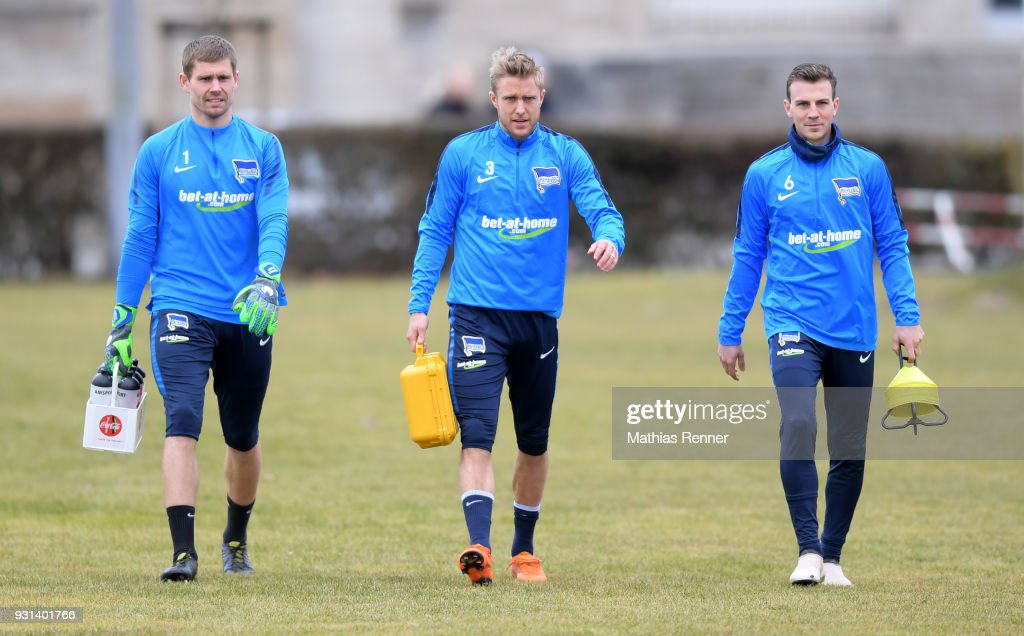 Thomas Kraft, Per Skjelbred and Vladimir Darida of Hertha BSC before the training session at the Schenkendorfplatz on march 13, 2018 in Berlin, Germany.