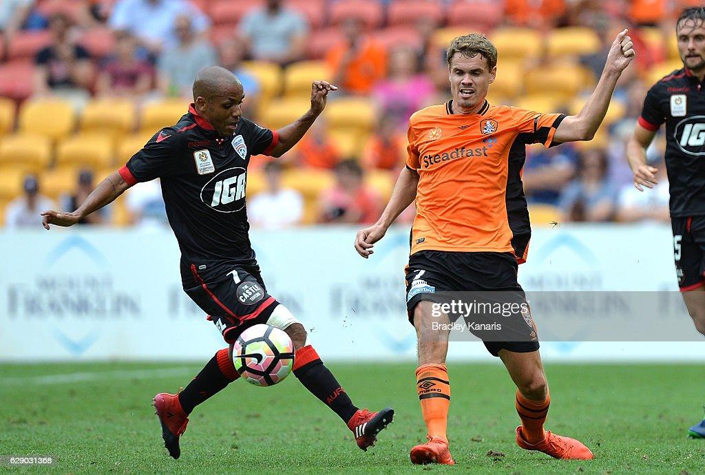 A-League Rd 10 - Brisbane v Adelaide : News Photo
