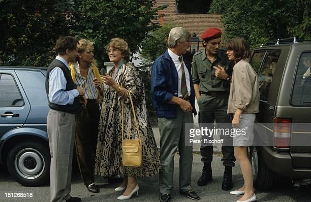 """Thomas Kylan, Maria Furtwängler, Maria Schell, Siegfried Rauch, Tommi Ohrner , Julia Heinemann, , ARD-Serie: """"Die glückliche Famile"""", München, ,..."""