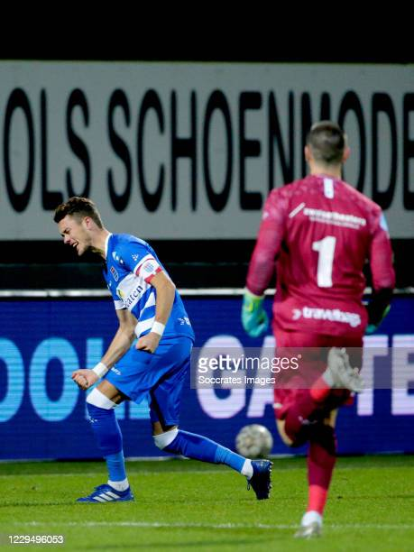 Thomas Lam of PEC Zwolle celebrates 2-2 during the Dutch Eredivisie match between Fortuna Sittard v PEC Zwolle at the Fortuna Sittard Stadium on...
