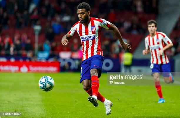 Thomas Lemar of Atletico de Madrid controls the ball during the Liga match between Club Atletico de Madrid CA Osasuna at Wanda Metropolitano on...
