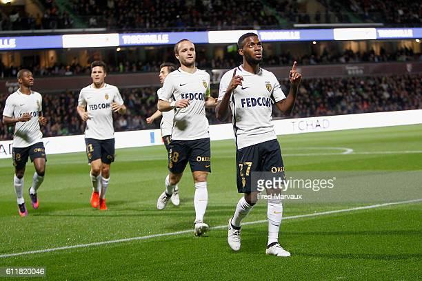 Thomas Lemar of Monaco celebrates scoring his goal during the Ligue 1 match between FC Metz and AS Monaco at Stade SaintSymphorien on October 1 2016...