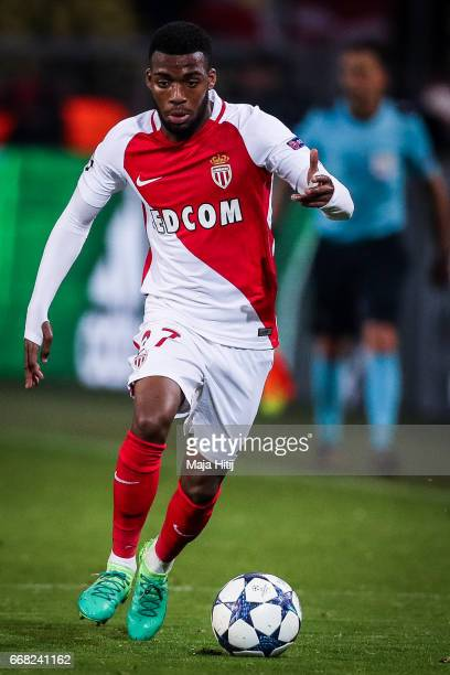 Thomas Lemar of Monaco controls the ball during the UEFA Champions League Quarter Final first leg match between Borussia Dortmund and AS Monaco at...