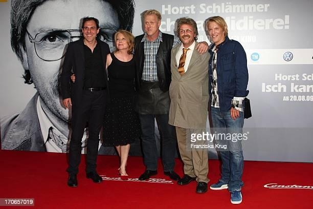 Thomas Loibl Maren Kroymann Norbert Heisterkamp Hape Kerkeling Als Horst Schlämmer Und Simon Gosejohann Bei Der Premiere Des Kinofilms Horst...
