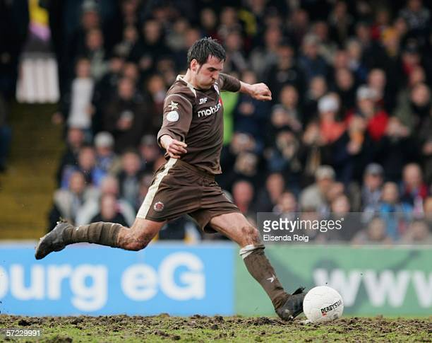 Thomas Meggle of Pauli scores a penalty during the Third League match between FC St. Pauli and Chemnitzer FC at the Millerntor Stadium on April 1,...