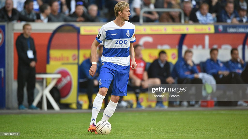 Thomas Meissner of Duisburg runs with the ball during the Third League match between MSV Duisburg and Arminia Bielefeld at Schauinsland-Reisen-Arena on August 27, 2014 in Duisburg, Germany.