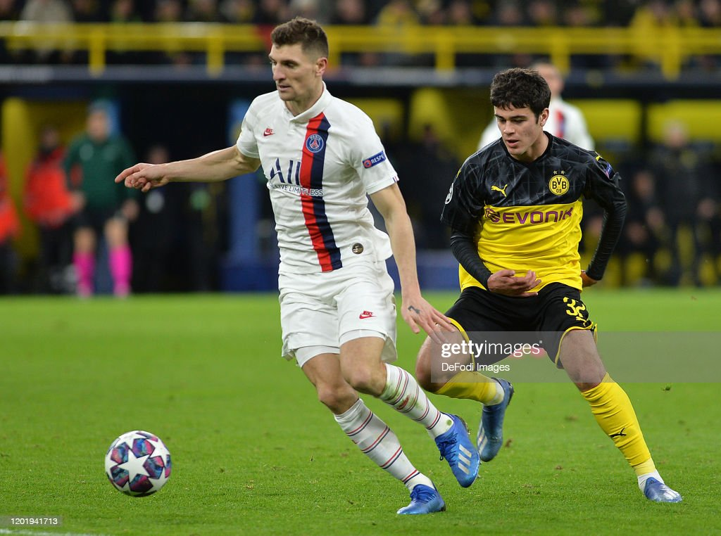 Borussia Dortmund v Paris Saint-Germain - UEFA Champions League Round of 16: First Leg : News Photo