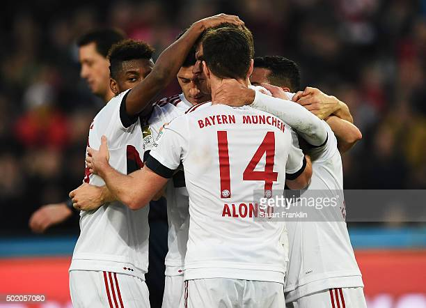 Thomas Müller of Muenchen celebrates scoring the penalty goal during the Bundesliga match between Hannover 96 and FC Bayern Muenchen at HDIArena on...
