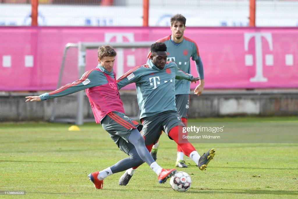 Bayern Muenchen Training Session : ニュース写真