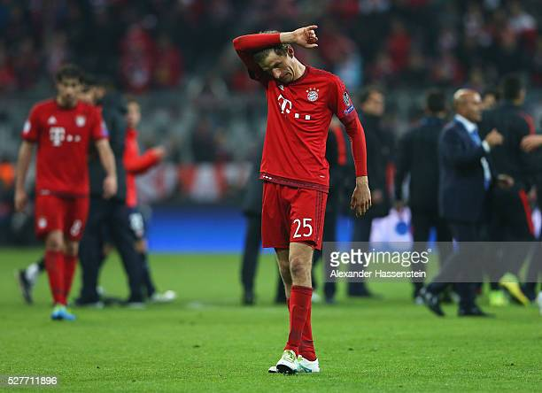 Thomas Mueller of Bayern Munich looks dejected after the UEFA Champions League semi final second leg match between FC Bayern Muenchen and Club...