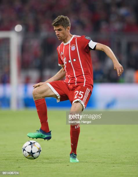 Thomas Mueller of FC Bayern Muenchen controls the ball during the UEFA Champions League Semi Final First Leg match between Bayern Muenchen and Real...
