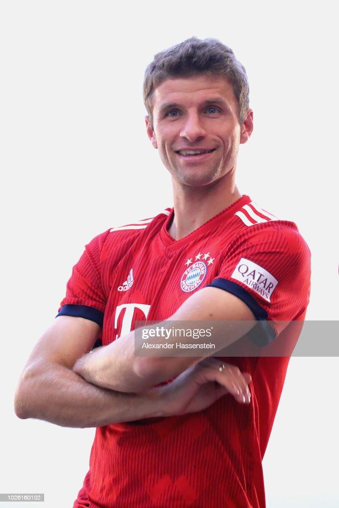 FC Bayern Muenchen And Paulaner Photo Session : News Photo