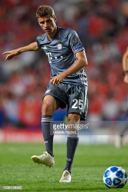 Thomas Muller of Bayern Muenchen in action during the Group E match of the UEFA Champions League between SL Benfica and FC Bayern Muenchen at Estadio...