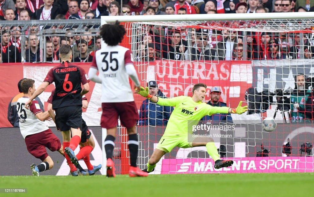 FC Bayern Muenchen v FC Augsburg - Bundesliga : ニュース写真