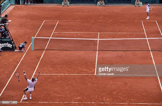 Thomas Muster celebrates his victory over Michael Chang in the finals of the 1995 French Open.