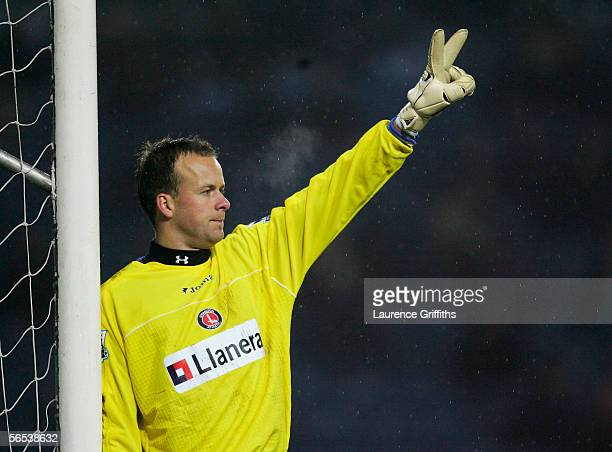 Thomas Myhre of Charlton getsures during the FA Cup Third Round match between Sheffield Wednesday and Charlton Athletic at Hillsborough Stadium on...