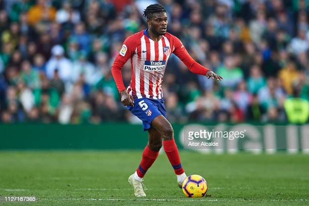 Thomas Partey of Club Atletico de Madrid runs with the ball during the La Liga match between Real Betis Balompie and Club Atletico de Madrid at...