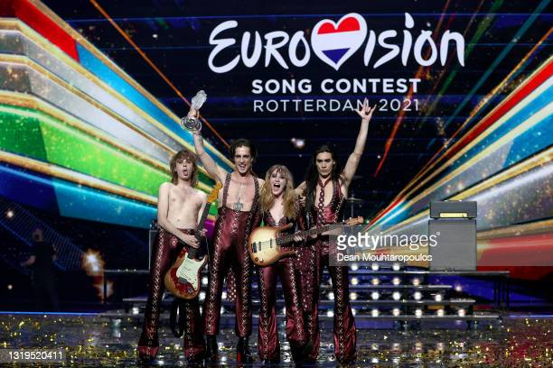 """Thomas Raggi, Damiano David, Victoria De Angelis and Ethan Torchio of Måneskin from Italy react on stage to winning for the song """"Zitti e buoni""""..."""