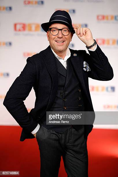 Thomas Rath is seen in the studio of the RTL Telethon TV show on November 25 2016 in Cologne Germany The telethon is held every year and is on air...