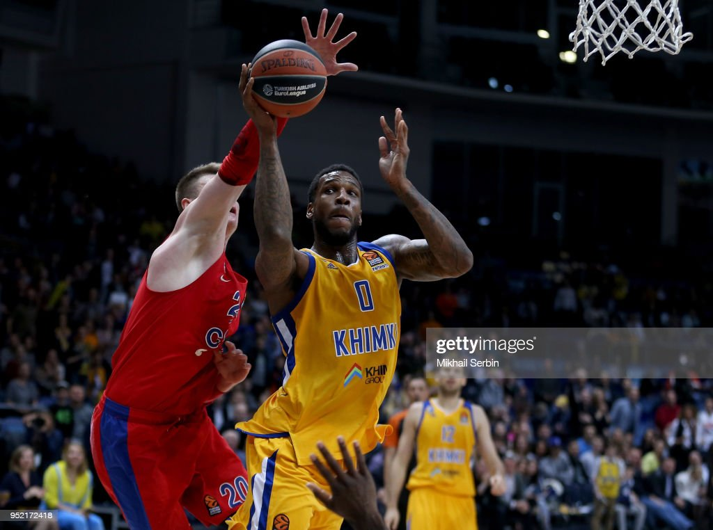 Thomas Robinson, #0 of Khimki Moscow Region competes with Andrey Vorontsevich, #20 of CSKA Moscow in action during the Turkish Airlines Euroleague Play Offs Game 4 between Khimki Moscow Region v CSKA Moscow at Arena Mytishchi on April 27, 2018 in Moscow, Russia.