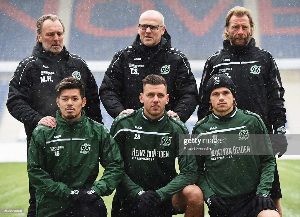 Hannover 96 Unveils New  Signing Head Coach Thomas Schaaf : News Photo