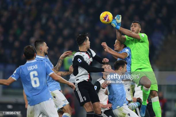 Thomas Strakosha of SS Lazio in action during the Serie A match between SS Lazio and Juventus at Stadio Olimpico on December 7, 2019 in Rome, Italy.