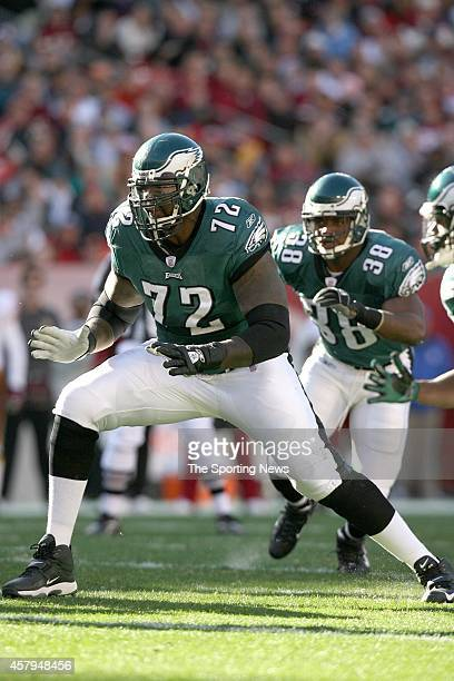 Thomas Tapeh and Tra Thomas of the Philadelphia Eagles in action during a game against the Washington Redskins on December 10 2006 at FedEx Field in...
