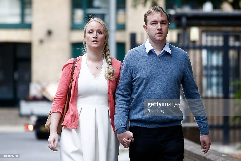 Thomas 'Tom' Hayes, a former trader at banks including UBS Group AG and Citigroup Inc., and his wife Sarah, arrive for his trial at Southwark Crown Court in London, U.K., on Monday, August, 3, 2015. Hayes is charged with eight counts of conspiracy to manipulate the London interbank offered rate, the benchmark used to value more than $350 trillion of loans and securities. Photographer: Simon Dawson/Bloomberg via Getty Images