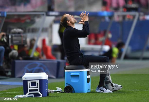 Thomas Tuchel, Manager of Paris Saint-Germain reacts during the UEFA Champions League Quarter Final match between Atalanta and Paris Saint-Germain at...