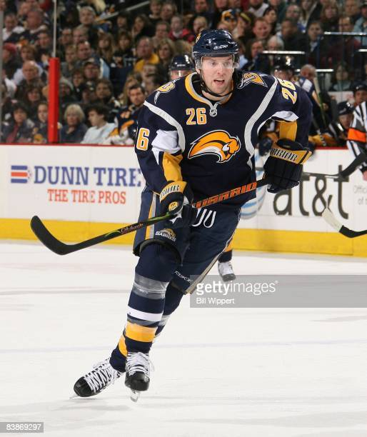 Thomas Vanek of the Buffalo Sabres skates against the Philadelphia Flyers on November 21, 2008 at HSBC Arena in Buffalo, New York.