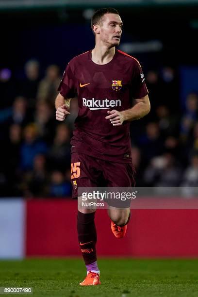 Thomas Vermaelen of FC Barcelona runs during the La Liga game between Villarreal CF and FC Barcelona at Estadio de la Ceramica on December 10 2017 in...