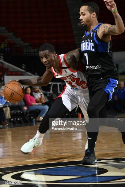 Thomas Wilder of the Windy City Bulls drives against Jon Davis of the Lakeland Magic during the game on January 16 2020 at the RP Funding Center in...
